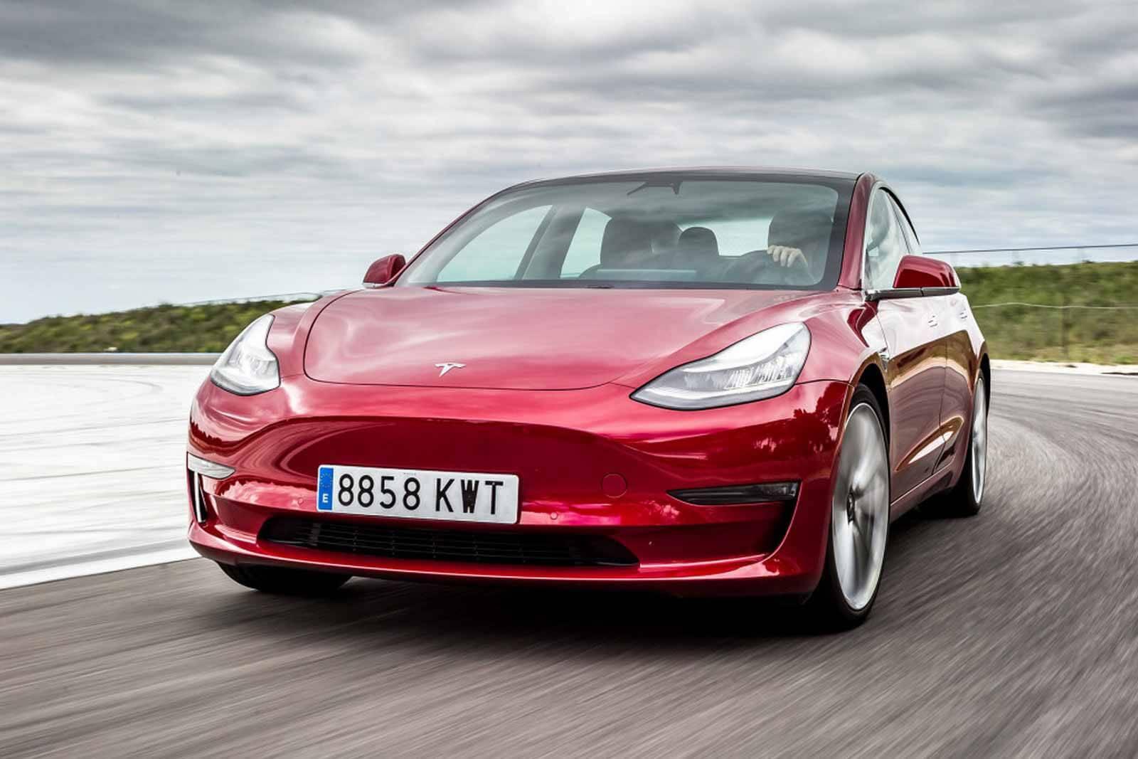 Китайская Tesla Model 3 потеряла самое ценное, что у нее есть ...