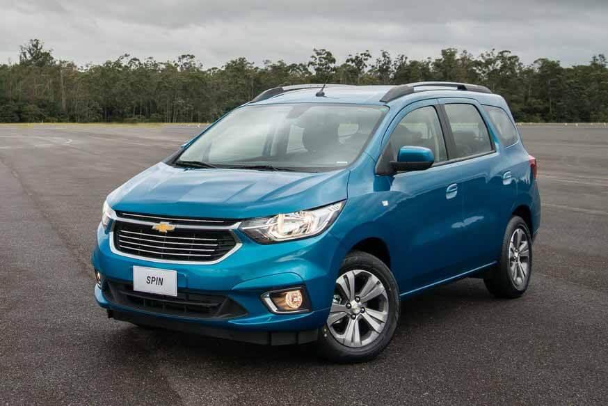 Chevrolet Spin CompactVen на основе кобальта: теперь безопаснее и с реалистичным спидометром