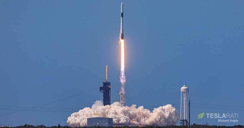 SpaceX получает одобрение НАСА для запуска астронавтов на космических кораблях многоразового использования
