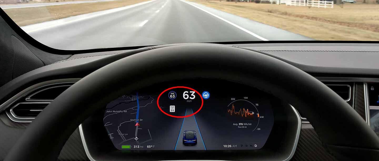 Tesla готова развернуть распознавание ограничения скорости и поддержку по всему миру