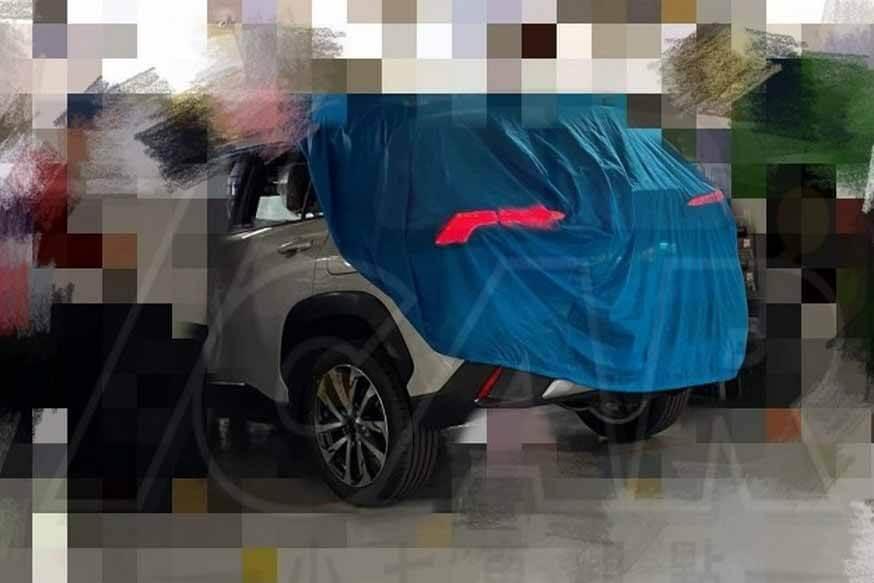 Новый внедорожник Toyota Corolla Cross: в стиле RAV4, но меньше и дешевле