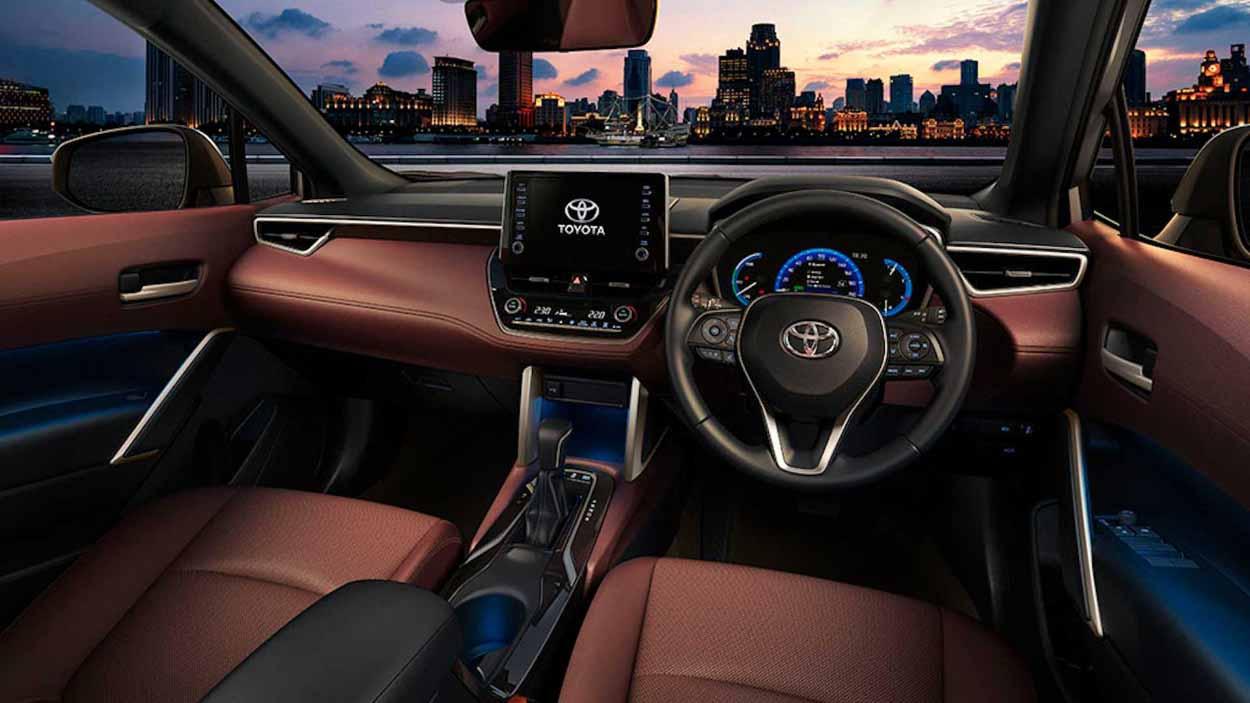 Кроссовер Toyota Corolla Cross