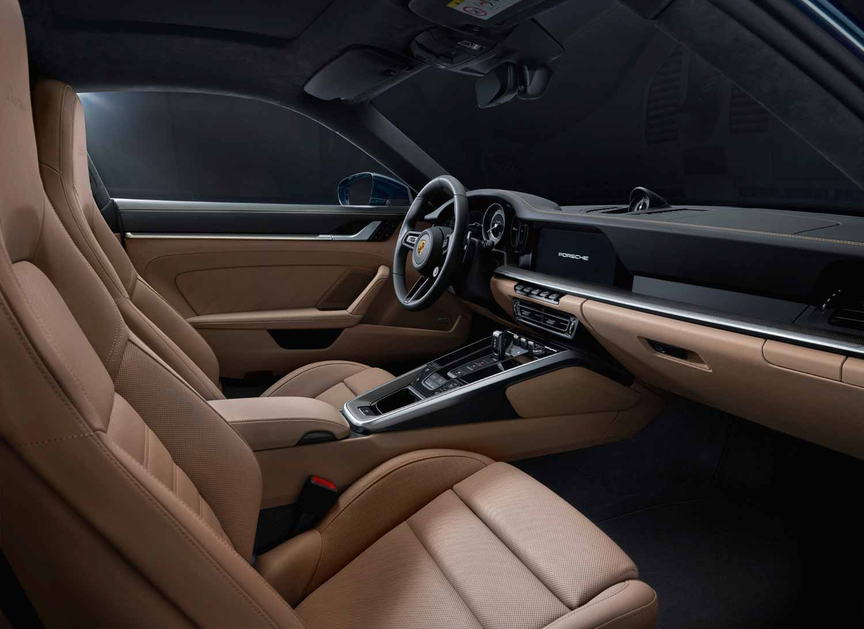 Порше 911 Турбо 2021