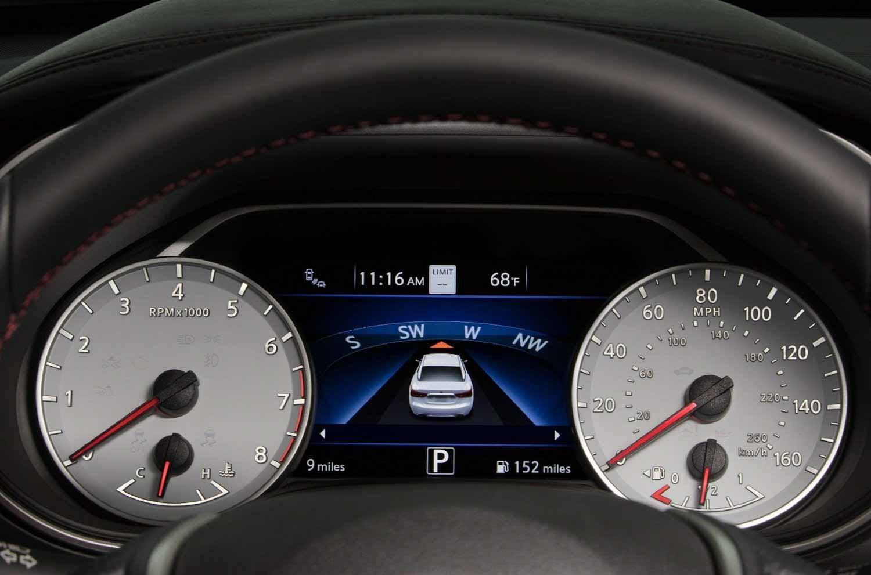Выпуск 40-летия Nissan Maxima