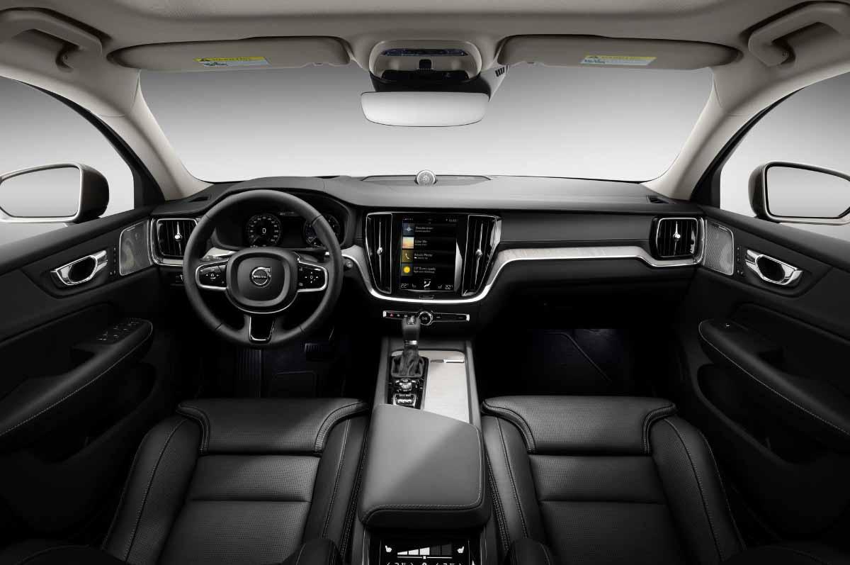 Внедорожник Volvo V60 Cross Country